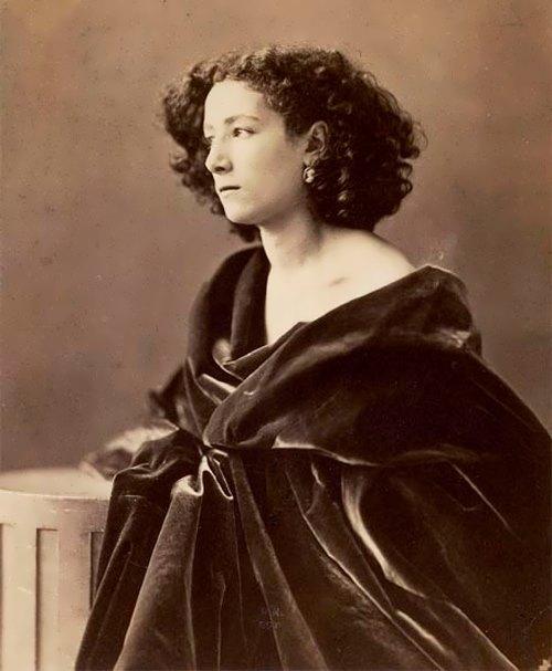 Sarah Bernhardt - Divine Sarah
