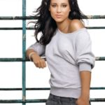 Alicia – American singer