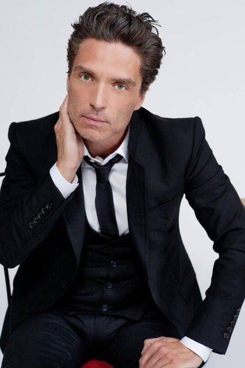 Richard Marx - American pop and rock singer