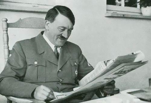 Reading Hitler