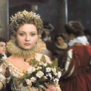 Evgeniya Dobrovolskaya as Queen Margot
