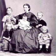 Laura Katerina Munch with children, 1868