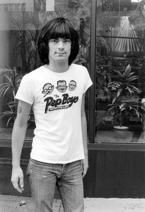 Wonderful musician Dee Dee Ramone