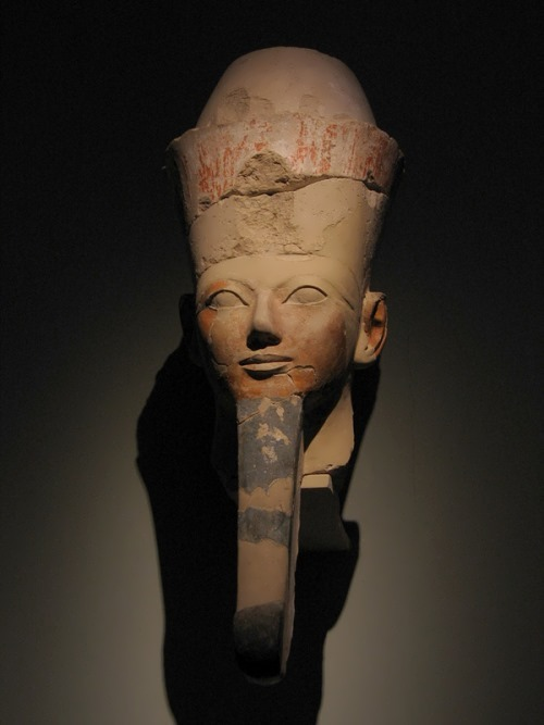 Head of Hatshepsut from the temple in Deir el-Bahri. The Metropolitan Museum of Art, New York