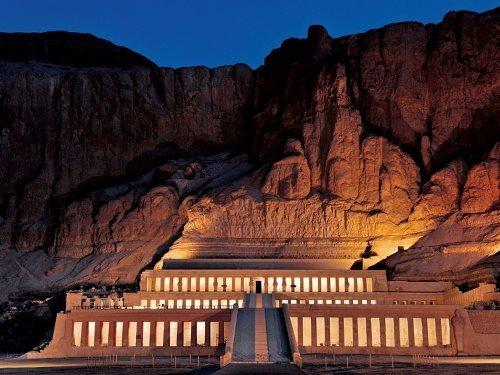 Temple of Hatshepsut at night