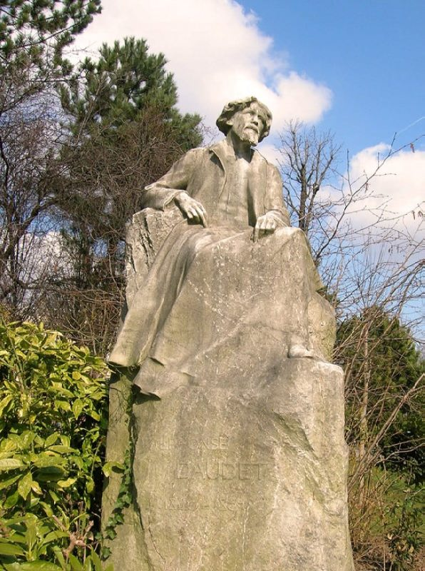 Monument to Alphonse Daudet