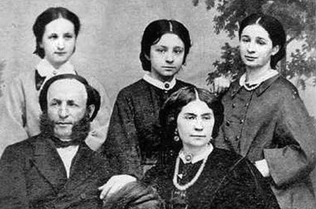 Ivan Aivazovsky with his first wife and daughters
