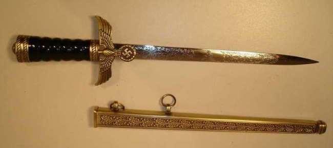 The ceremonial dagger of Hermann Goering (modern copy)