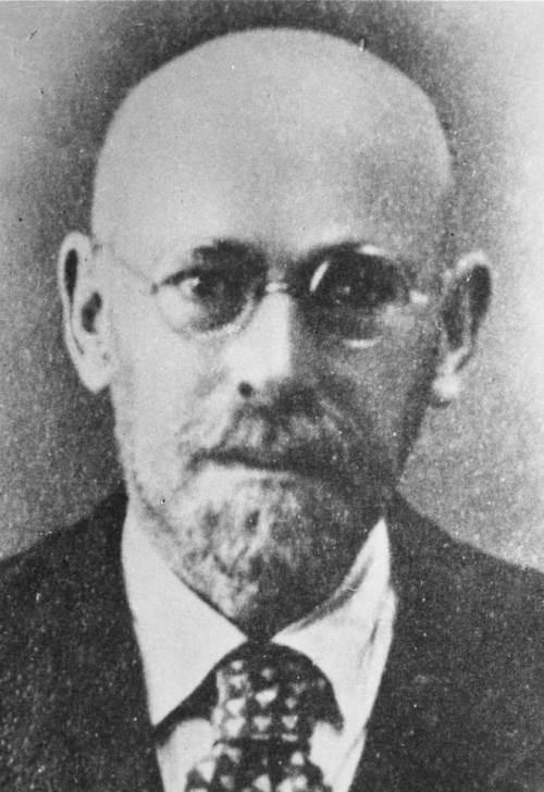 Janusz Korczak - Old Doctor