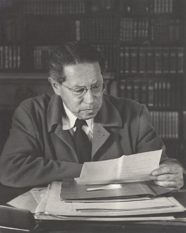 Outstanding writer Lion Feuchtwanger