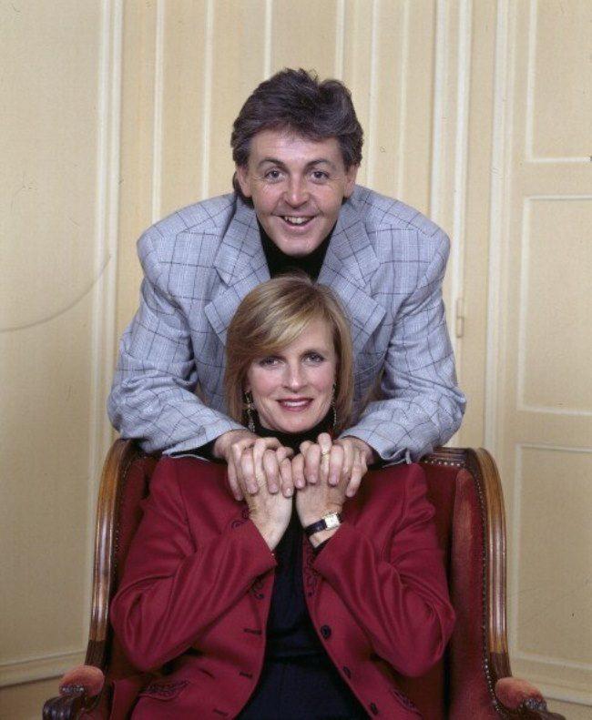 Famous Linda and Paul McCartney