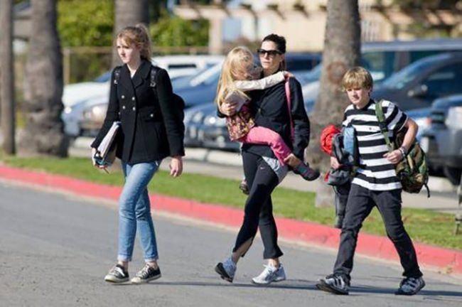 Sandra Bullock with her children