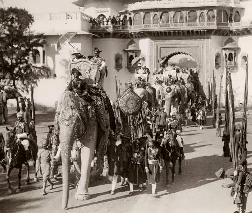 The Prince of Wales visited India in 1922. In Gwalior he made a trip on the Sacred White Elephant.