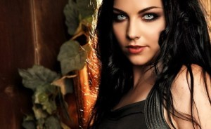 Amy Lee - her voice is heavenly!