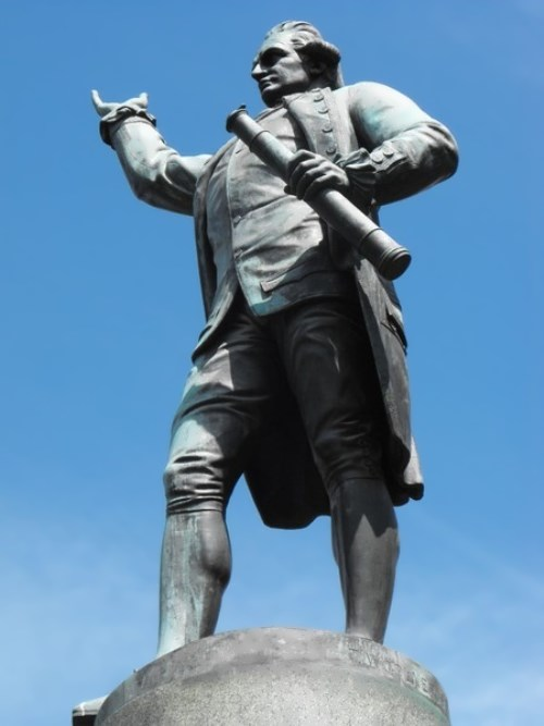 Monument to Captain Cook in Sydney, Australia