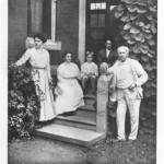 Edison and his family (wife Mina and children)