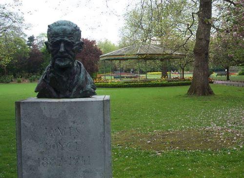 Ireland - Dublin - St Stephen's Green - James Joyce