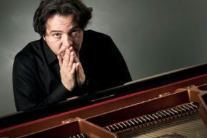Fazil - pianist and performer