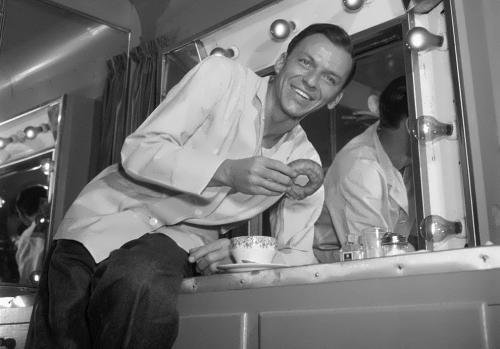 Sinatra – leading American singer