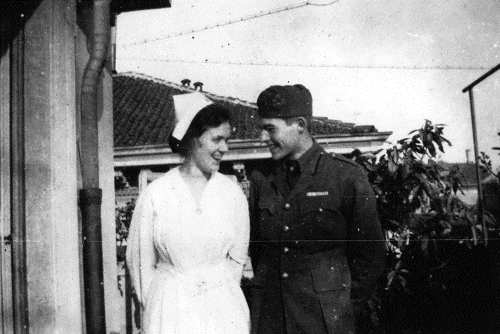 Hemingway and Agnes von Kurowski, his first love. Milan, 1918