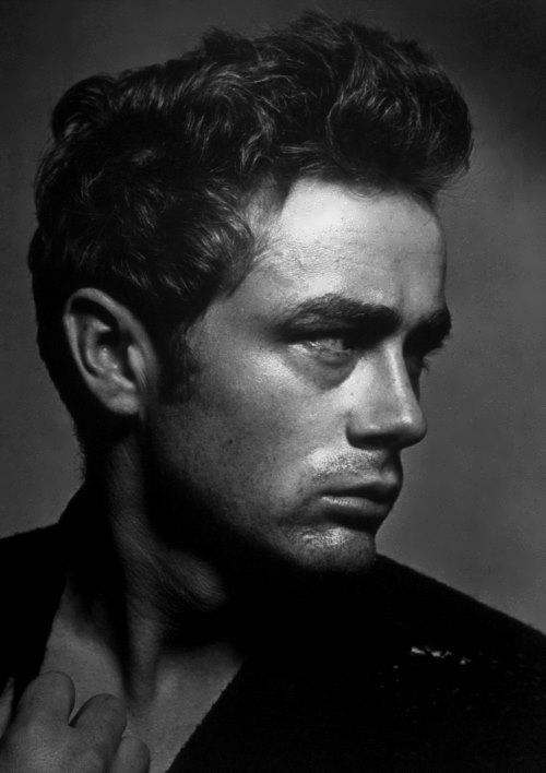 Dean – American actor