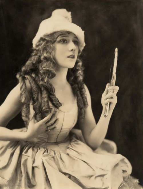 Mary Pickford - divine nymph
