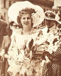 Eva liked to look glamorous