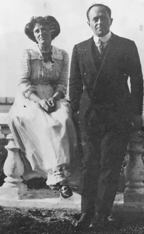 Kathleen and Robert Scott