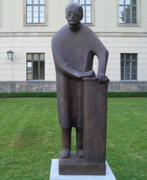 Statue of Planck at Berlin University