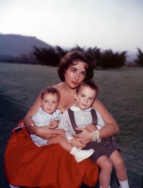 Elizabeth and her sons