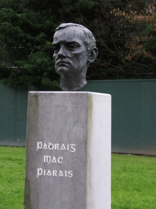 Monument to Pearse
