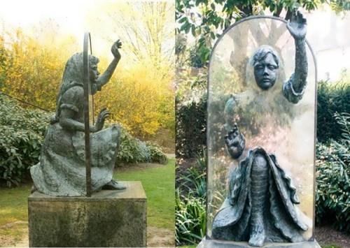 Monument to Alice