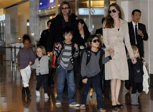 Jolie, Pitt and the children