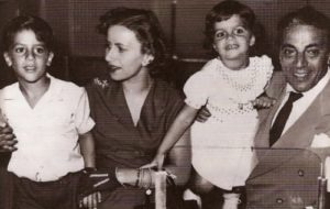 Onassis, Athina Livanos and their children