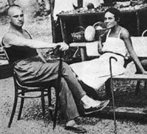 Lilya and Mayakovsky in Crimea, 1926