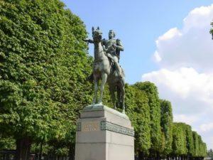 Monument to Bolivar