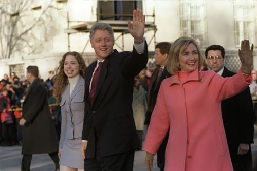 Hillary and Bill Clinton with their daughter
