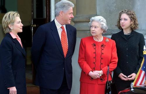 Bill Clinton and Elizabeth II