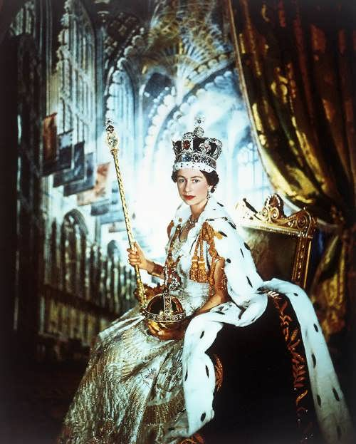 Queen Elizabeth II, photographer Cecil Beaton, June 2, 1953