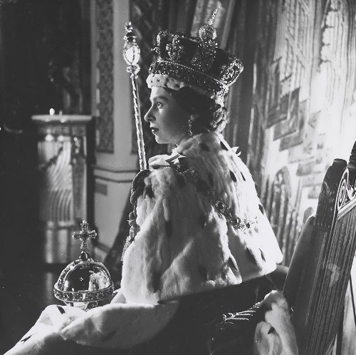Elizabeth II - Queen of England
