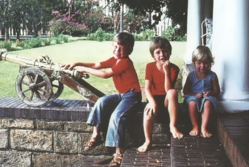 Elon Musk as a child with his brother and sister