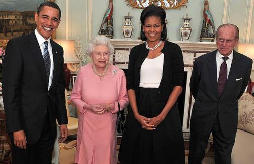 Barack and Michelle Obama at Buckingham Palace on April 1, 2009