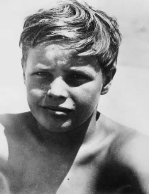 Brando at the age of 10