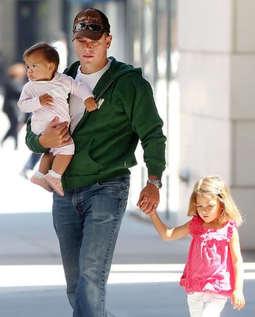 Matt Damon and his daughters