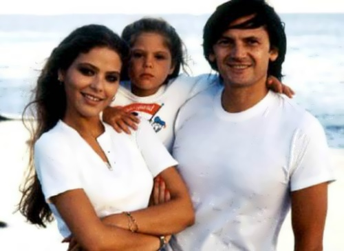 Ornella with her husband Federico Fakinetti and daughter