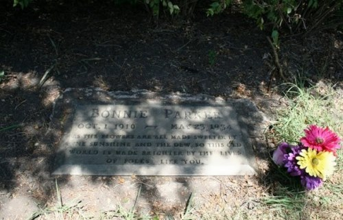 Grave of Bonnie