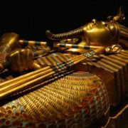 Gold mask of Tutankhamen