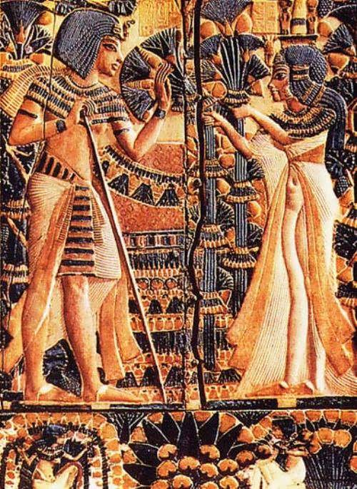 Tutankhamen and his wife in the garden