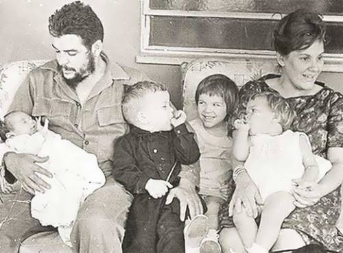 Guevara and his second wife with children