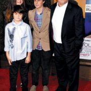 Nicholson, his daughter and grandchildren